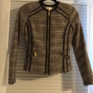 H&M cropped fitted blazer size 4